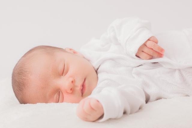 お子様の名前を考えるときは、命名する際に意識したいポイントにも注目しましょう